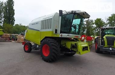 Claas Mega 350 2004