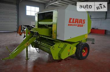 Claas Rollant 250 2006