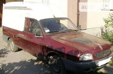 Dacia Logan  2002
