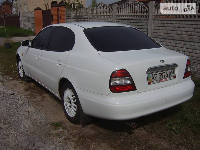 Daewoo Leganza 1998 року