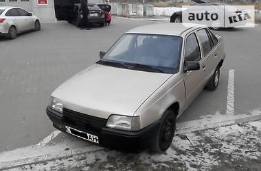 Daewoo Racer  1995