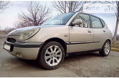 Daihatsu Sirion 1.0i 2001