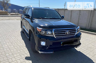 Цены Toyota Land Cruiser 200 Дизель