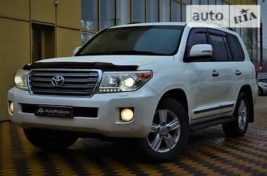 Ціни Toyota Land Cruiser 200 Дизель