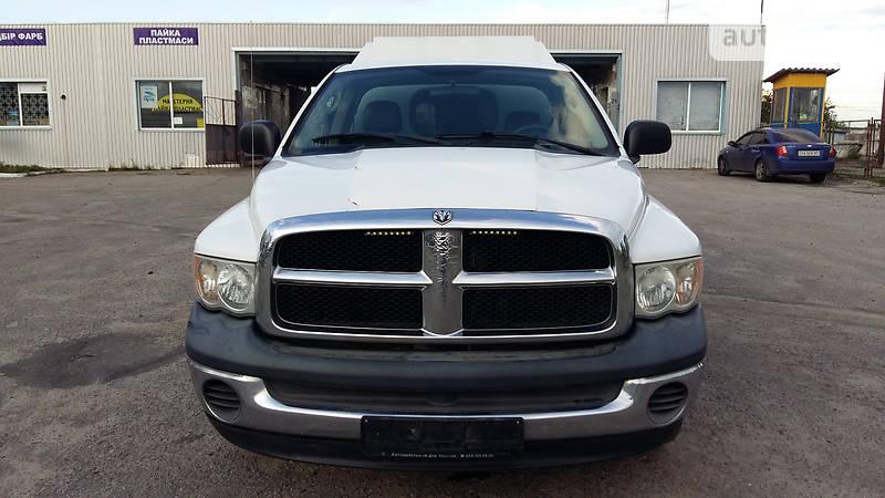 Dodge Ram 2005 року