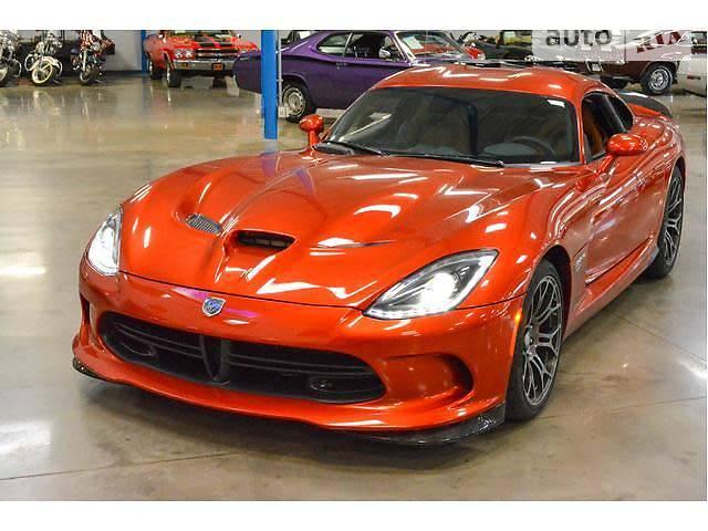 Купе Dodge Viper