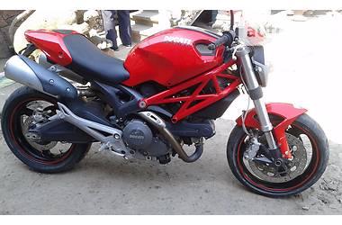 Ducati 696  2009