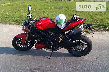 Ducati Streetfighter  2011