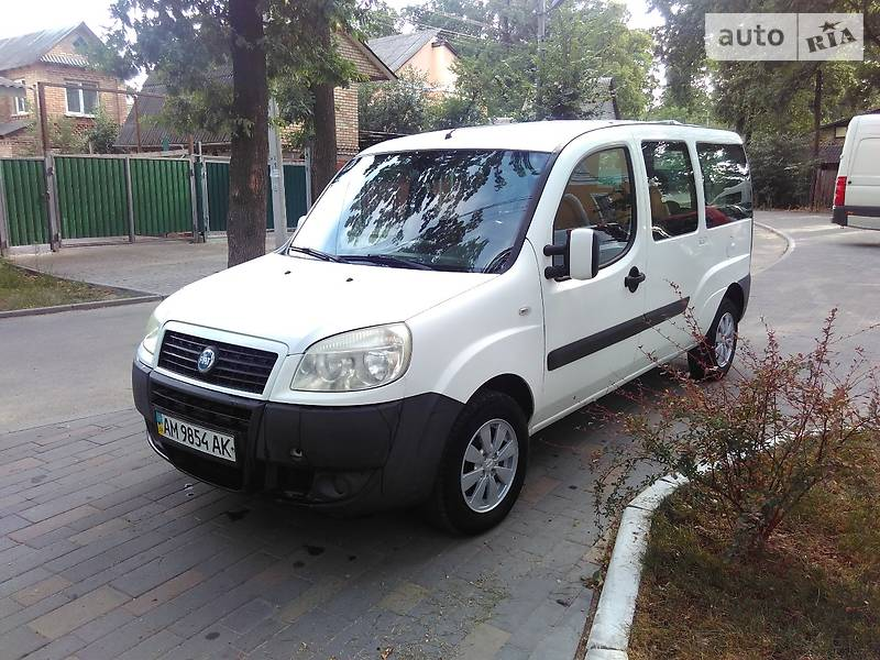 Fiat Doblo пасс. 2007 года