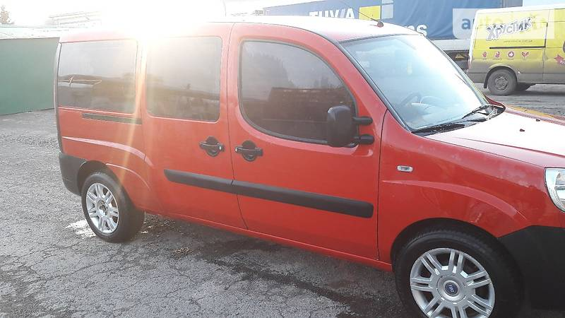 Fiat Doblo пасс. 2009 року