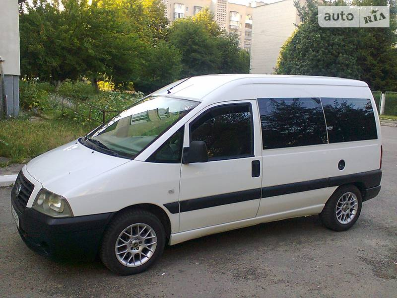 Fiat Scudo 2005 року
