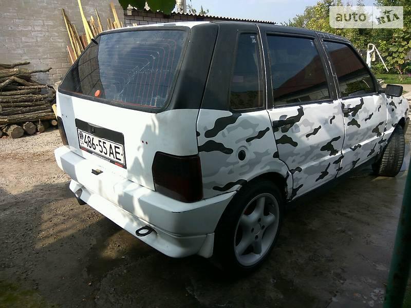 Fiat UNO 1991 года