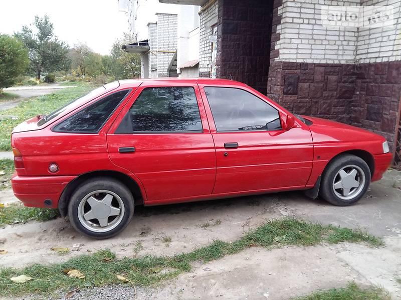 Ford Escort 1991 года