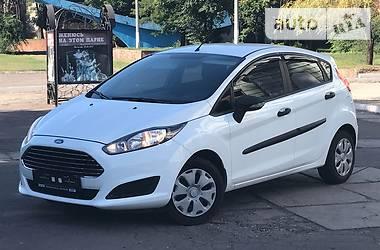 Ford Fiesta WHITE _ PEARL  2014