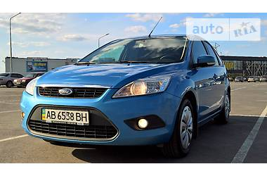 Ford Focus 1.6 MT Hatchback 2011