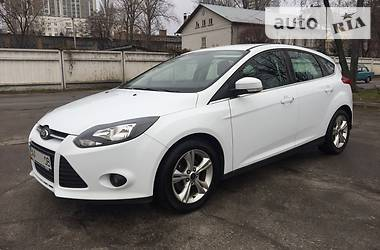 Ford Focus TREND PLUS 1.6 2013