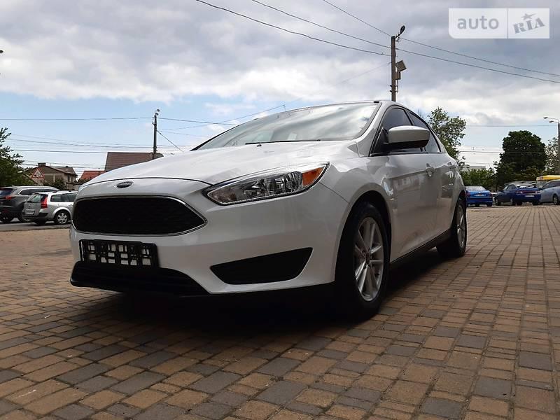 Лифтбек Ford Focus