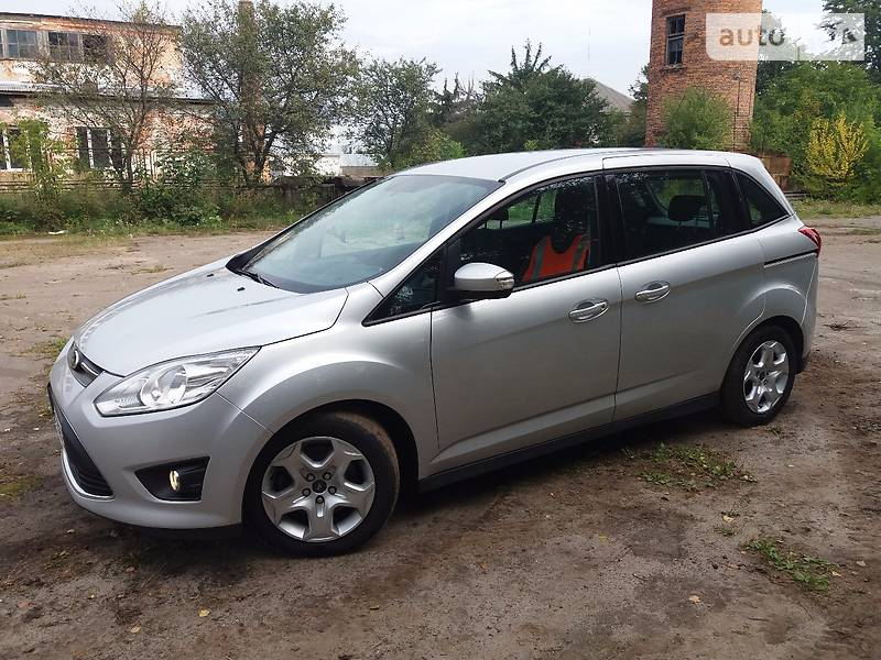 Ford Grand C-Max 2012 года