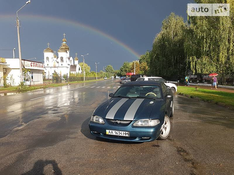 Купе Ford Mustang GT