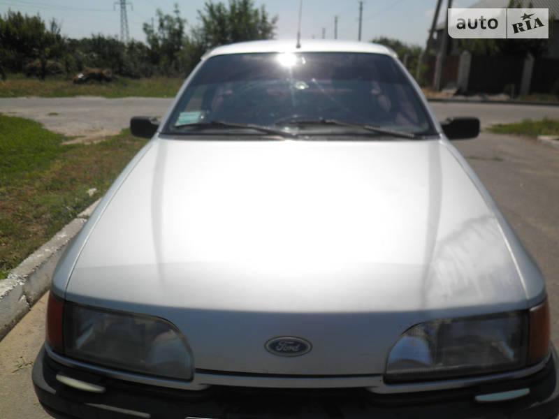 Хэтчбек Ford Sierra