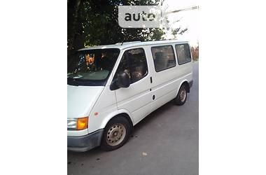 Ford Transit пасс.  2000