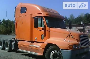Freightliner Century  2000