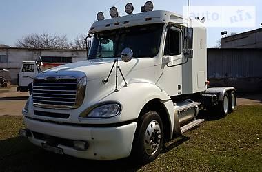 Freightliner Columbia  2001