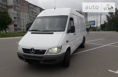 Характеристики Mercedes-Benz Sprinter 416 груз. Фургон