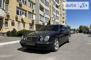 Ціни Mercedes-Benz E 430 Газ / Бензин