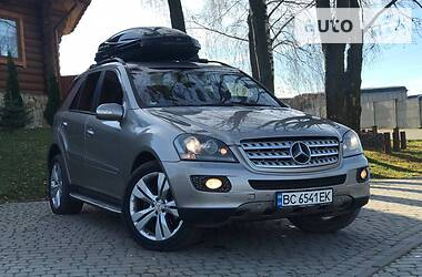 Ціни Mercedes-Benz ML 500 Газ / Бензин