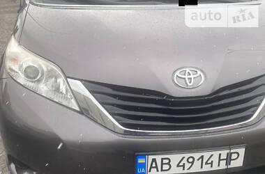 Цены Toyota Sienna Газ / Бензин