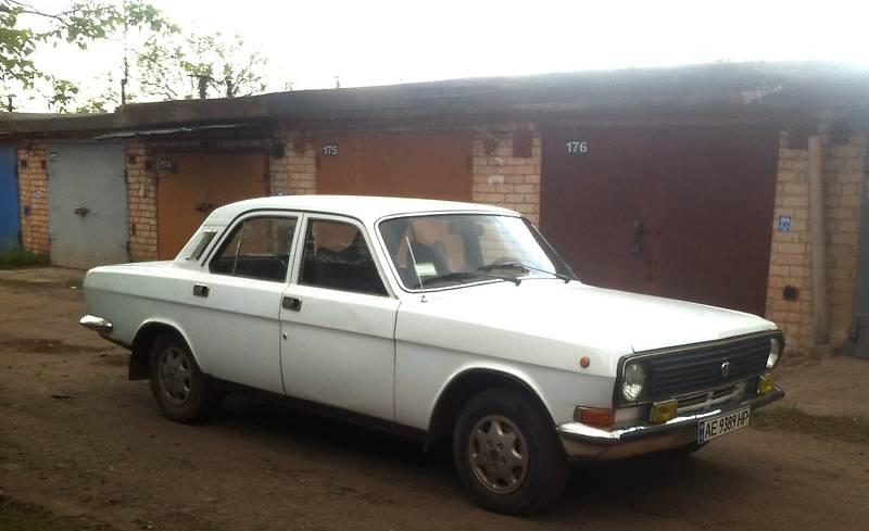 ГАЗ 2410 1987 года