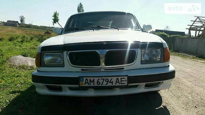 ГАЗ 3110 1998 года
