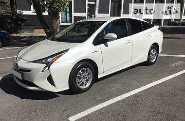 Цены Toyota Prius Гибрид