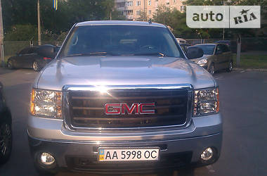 GMC Sierra SLE Extended Cab 2012