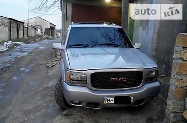 GMC Yukon Denali 1999