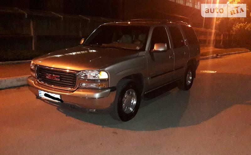 GMC Yukon 2000 року
