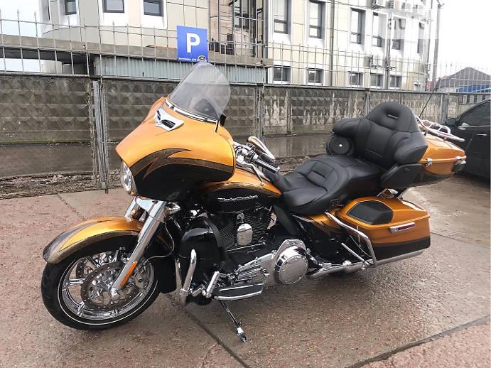 Мотоцикл Кастом Harley-Davidson CVO
