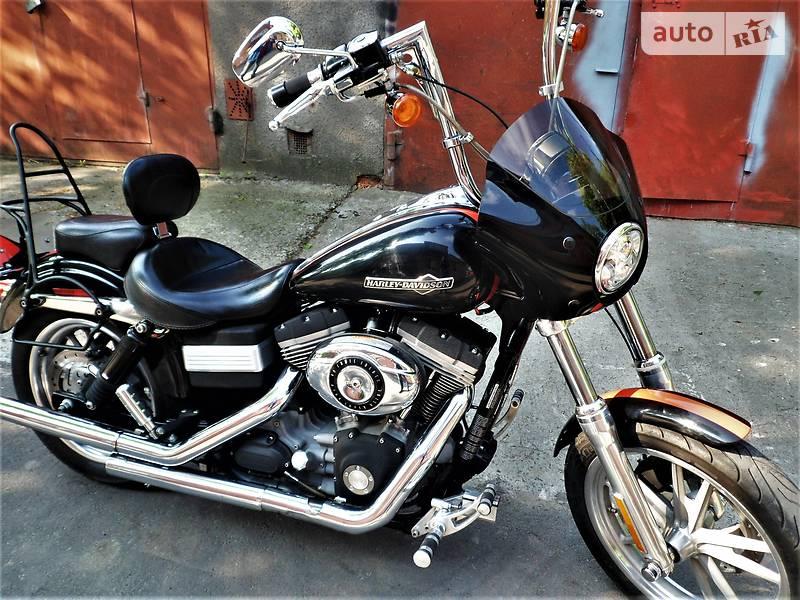 Мотоцикл Чоппер Harley-Davidson Dyna Super Glide