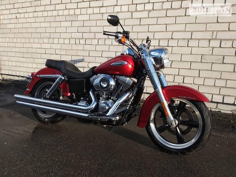 Мотоцикл Круизер Harley-Davidson Dyna Switchback