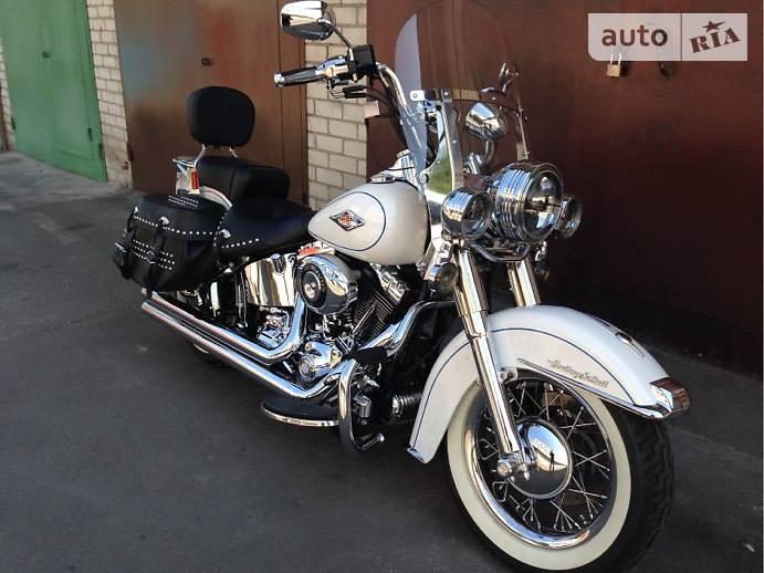 Harley-Davidson FLSTS