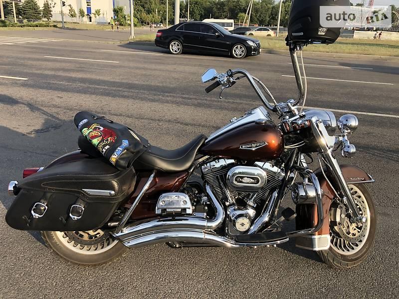 Мотоцикл Кастом Harley-Davidson Road King