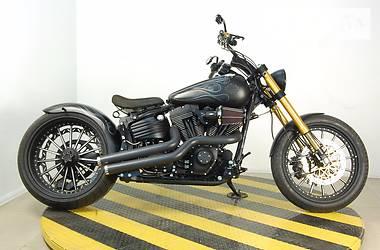 Harley-Davidson Rocker C custom 2011