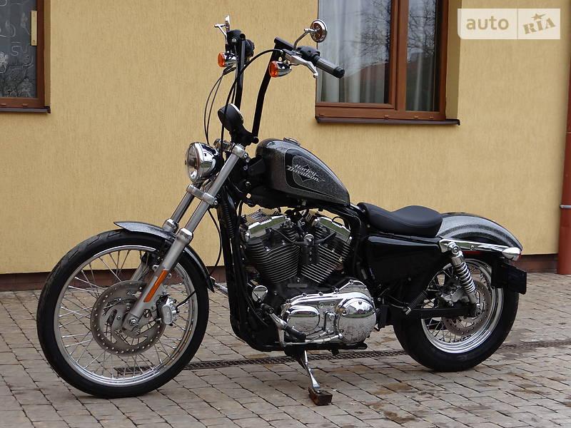 Мотоцикл Чоппер Harley-Davidson Seventy-Two