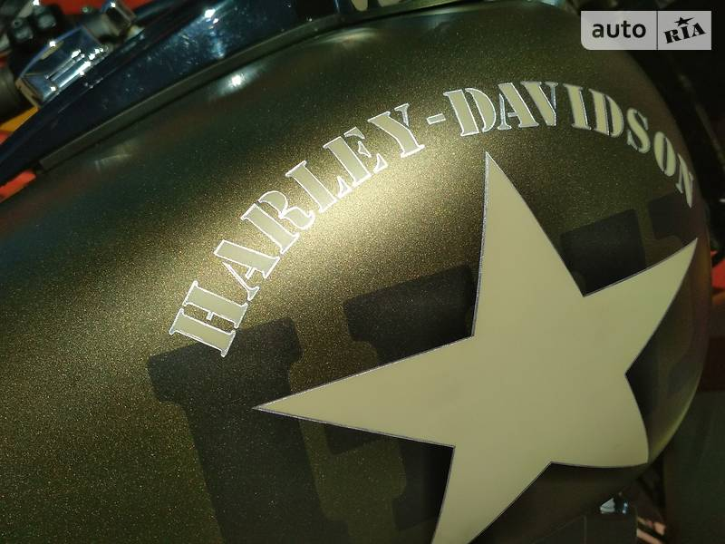 Мотоцикл Чоппер Harley-Davidson Softail Slim FLS