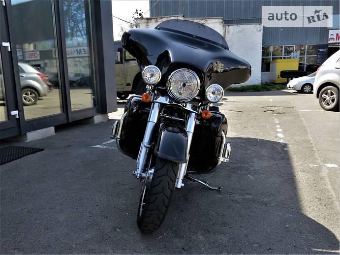Мотоцикл Чоппер Harley-Davidson Street Glide