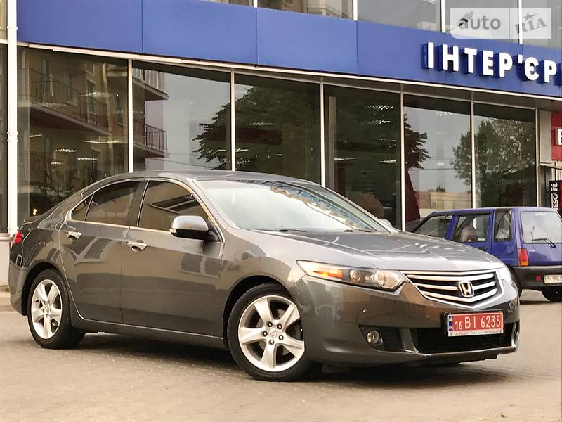 Honda Accord 2009 года