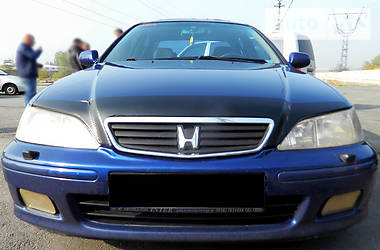 Honda Accord 2.0   2000