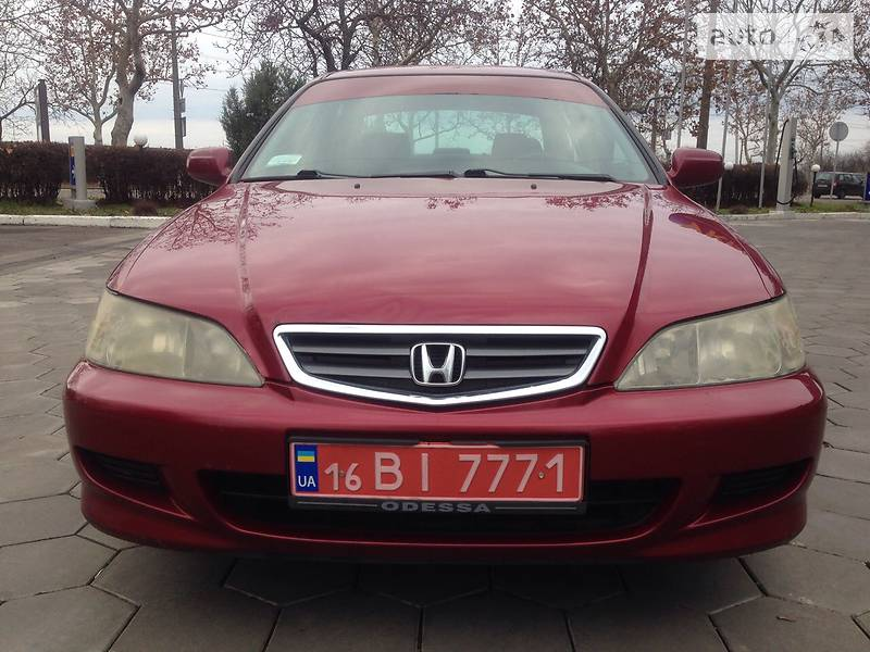Honda Accord 2001 року
