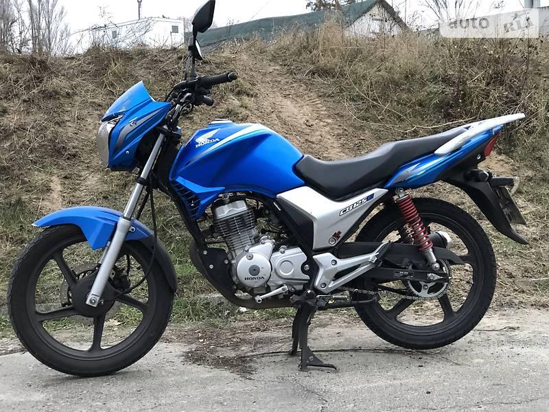 Мотоцикл Без обтекателей (Naked bike) Honda CB 125